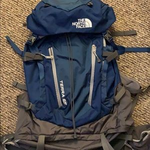 THE NORTH FACE TERRA 65 BACKPACK (LIKE NEW)